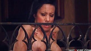 Busty cougar hottie got pounded - 10:20