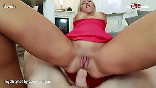 9:02: Beautiful Amateur Highly Sexual Lady With HUGE NECK SMELL SEXY