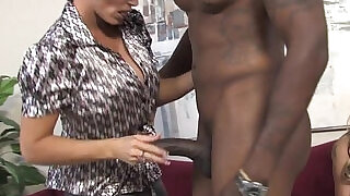 7:00: Busty relatives Shay Foxx and Haley Cummings share a BBC