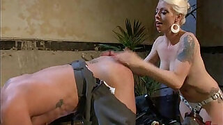 9:00: Dominatrix Loves To Torment and Punish Cock