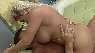 12:00: Big booty pawg big booby chubby hardcore fucked hard deep by fat stepson cock