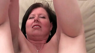 6:00: British mom Julie with her big tits and hairy pussy finger fucked