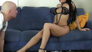 5:00: Get on your knees and worship my feet like a good slave