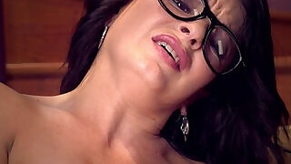 10:00: Big Ass Milf Squirts in Stairwell