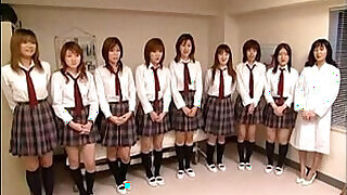 10:00: schoolgirls pussies by
