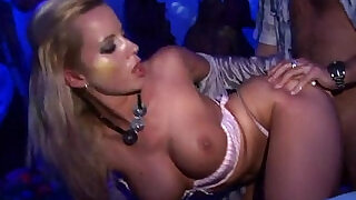 Porno akce CZ Lets Get This Sex Party Started - 29:00