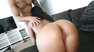 Perfect face, perfect ass, perfect tits - 8:00