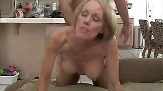 Son creampie to mom in hotel - 11:00